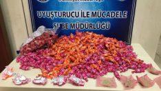 Malatya'da 4 er gramlık toplam 821 paket halinde daralı 3 kilo 189 gram eroin maddesi ele geçirildi