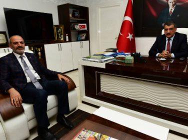 Gürkan, MÜSİAD Malatya Şube Başkanı Kalan'a ve yeni yönetimine başarılar diledi.