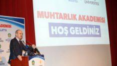 Muhtarlık Akademisi'nde ilk dersi  Başbakan Yardımcısı Prof. Dr. Kurtulmuş verdi