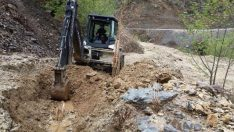 Malatya'da Heyelan Sebebiyle 6 ilçenin yanı sıra Elbistan-Gölbaşı karayolunda temizlik çalışması yapılıyor