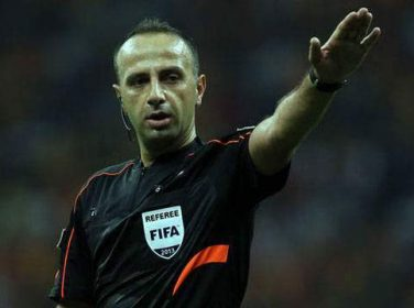 Malatyaspor- Antalyaspor maçını Barış Şimşek yönetecek.