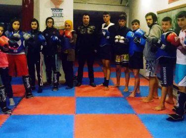 Malatya Muay Thai takımı Antalya'da yapılacak olan EMF Muay Thai Avrupa Kupası Şampiyonasına katılıyor