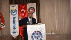 Mahmut Arslan, 11 Kasım 2017 tarihinde Konfederasyonumuza bağlı Hizmet-İş Sendikamız Malatya Şubesinin 7. Olağan Genel Kuruluna katıldı.