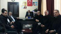 Ali Ekinci bugün Seçim Koordinasyon Ofisine gelen vatandaşların sıkıntılarını dinledi.