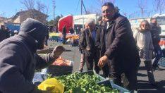 CHP Niğde Milletvekili Ömer Fethi Gürer, 31 Mart'ta yapılacak yerel seçim çalışmaları kapsamında sürdürdüğü gezilerine Altunhisar ilçesinde devam etti.