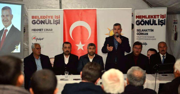 31 Mart'ta gerçekleştirilecek olan Mahalli İdareler Seçimleri kapsamında çalışmalarını sürdüren Çınar, Çukurdere ve Özal Mahallesi'nde vatandaşlarla bir araya geldi.