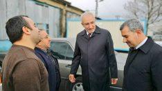 Çınar AK Parti Malatya Milletvekili Hakan Kahtalı ile birlikte Özsan Sanayi Sitesi'ndeki esnafları ziyaret etti.