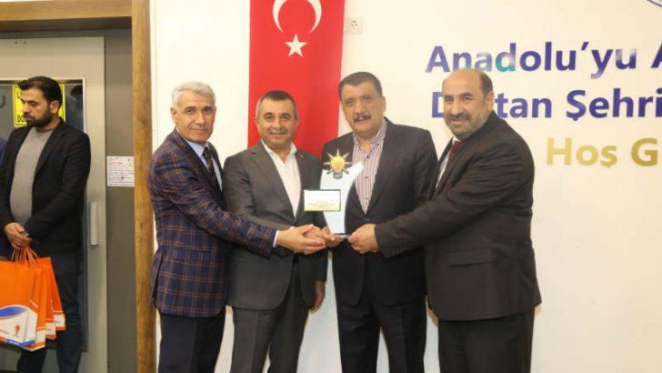 """Gürkan, """"Battalgazi Belediyesi olarak beş yıl içerisinde tarihin hiçbir dönemine sığmayacak güzel işler yaptık"""" dedi."""