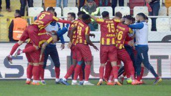 Kaplan Kükredi ,Evkur Yeni Malatyaspor, MKE Ankaragücü'nü 3-1 yendi.