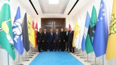Hacı Bektaş Veli Kültür Merkezi Vakfı Genel Başkanı Hasan Meşeli, Battalgazi Belediye Başkanı Osman Güder ile bir araya geldi