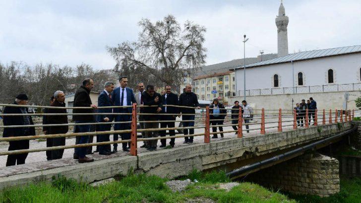 Çınar: Çırmıktı ve Gündüzbey'in ekonomik ve sosyal hayatına katkı sağlayacak yeni projeler hakkında bilgiler paylaştı.