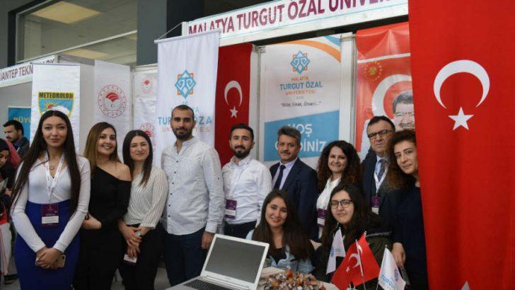 Malatya Turgut Özal Üniversitesi (MTÜ), İpekyolu Kariyer Fuarına paydaş üniversite olarak katıldı.