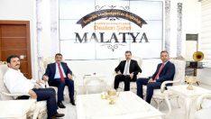 Alperen Ocakları Genel Başkanı Murat Aslan Selahattin Gürkan'ı ziyaret etti.