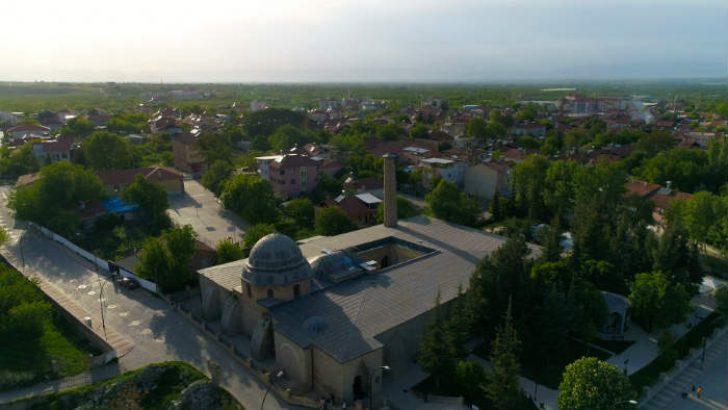 Battalgazi Belediyesi, Ramazan Bayramı Öncesi Cami ve Türbelerde Genel Bir Temizlik Yaptı