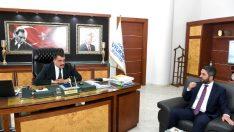 CHP Heyeti, MBB Başkanı Selahattin Gürkan'ı makamında ziyaret ederek bir süre görüştüler