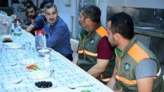 Yeşilyurt Belediyesi Temizlik İşler Müdürlüğü personeliyle sahur yemeğinde bir araya geldi