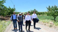 Çınar,Bostanbaşı Kanal Projesi ile Oluklu mahallesinde devam eden stabilize yol yapım çalışmalarını