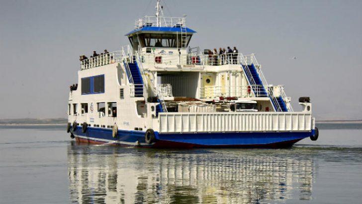 Malatya'nın Battalgazi ilçesi ile Elazığ'ın Baskil ilçesi arasında düzenlenen araçlı feribot seferlerinde yaz tarifesine geçildi.