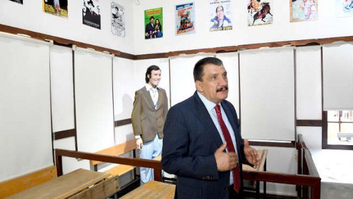 Türk Sinemasının gülen, düşündüren ve güldüren adamı Kemal Sunal vefatının 19. yılında memleketi Malatya'da anılıyor.