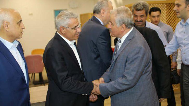 Güder, Muharrem ayı dolayısıyla Malatya'daki Alevi Dedeleri ile iftar programında bir araya geldi.
