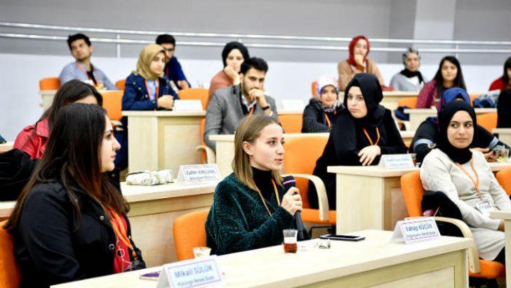 Genç Bağış Elçileri Başkan Gürkan'ı ziyaret etti.