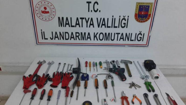 Malatya İl Jandarma Komutanlığı Hırsızlara Göz Açtırmıyor. Baz İstasyonu Fareleri Yakalandı
