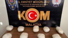 Malatya'da 3 kilo 604 gr gelen toz esrar ele geçirildi