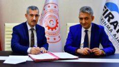 Yeşilyurt Dalbastı Kirazı'nın Coğrafi İşaret Tescil Belgesi Yeşilyurt Belediyesine devr edildi