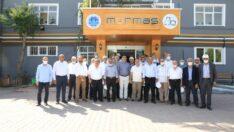 AK Parti Mahalle Başkanları, Battalgazi Belediye Başkanı Osman Güder'in talimatıyla ilçede hayata geçirilen, yapımı devam eden ve yapılması hedeflenen proje alanlarını gezdi.